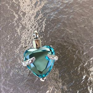 Jewelry - Cremation pendant  for ashes stainless waterproof